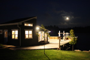 Oceanfront Cottage, Donna's Cottage Rental, On the Ocean, Light up at night, the full moon