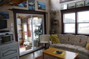 cottage 024